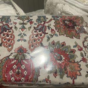 New Ankara morgan and finch quilt cover set.